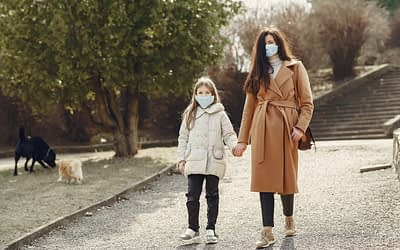 The Stressors Working Moms Faced During the Pandemic (& How to Offer Support Now to Help Them Recover)